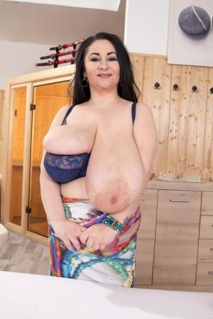Free Fat Tits Porn